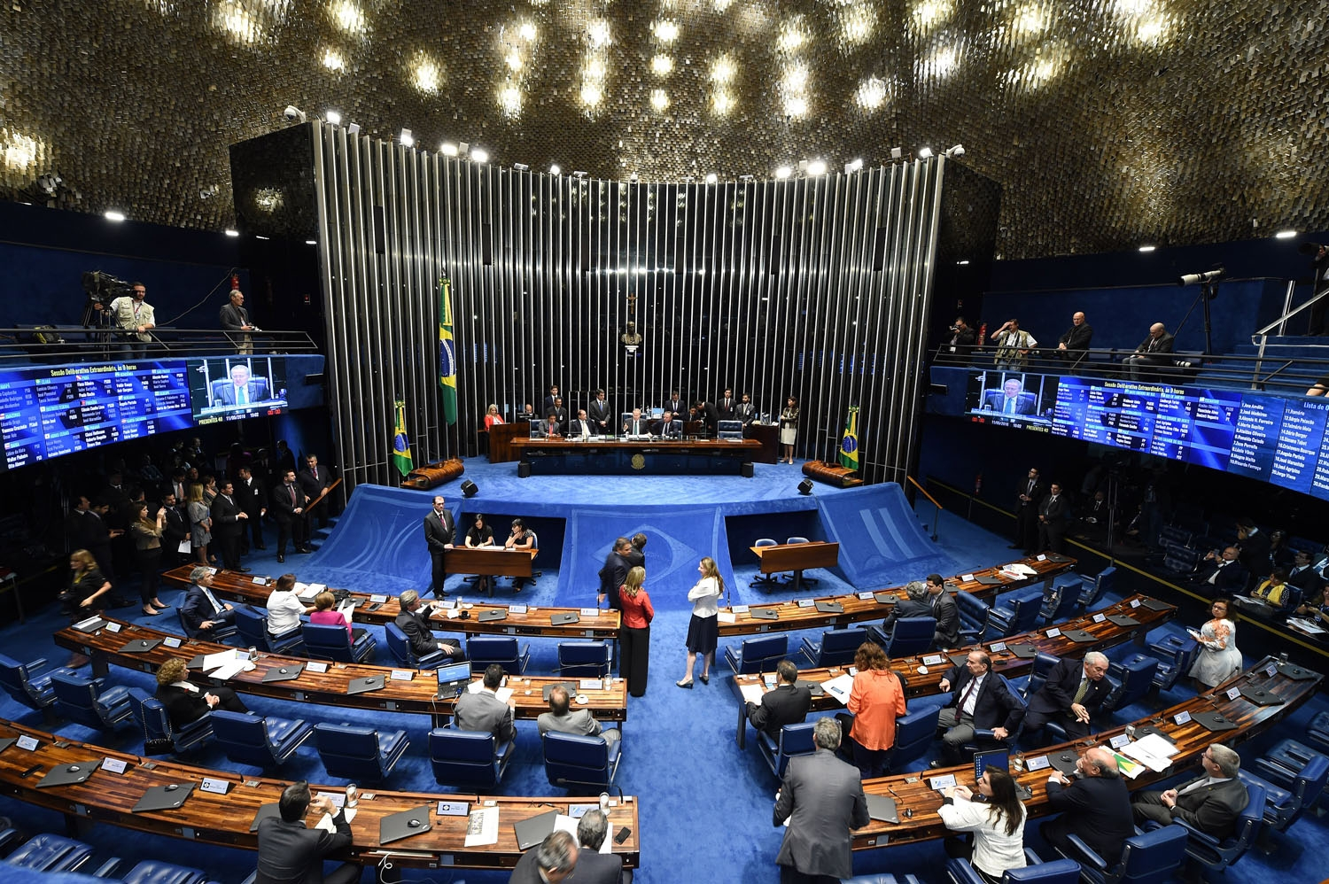 Overview of the Senate session during a debate of a vote on suspending President Dilma Rousseff and launching an impeachment trial, in Brasilia on May 11, 2016.