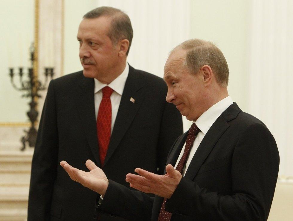 Turkey's Recep Tayyip Erdogan (L) and Russia's Vladimir Putin (R) in July, 2012. (AFP/Pool/Sergei Karpukhin)