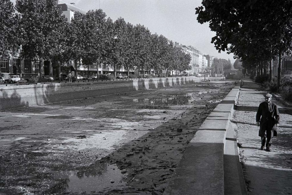 The canal being emptied in the 1980s.