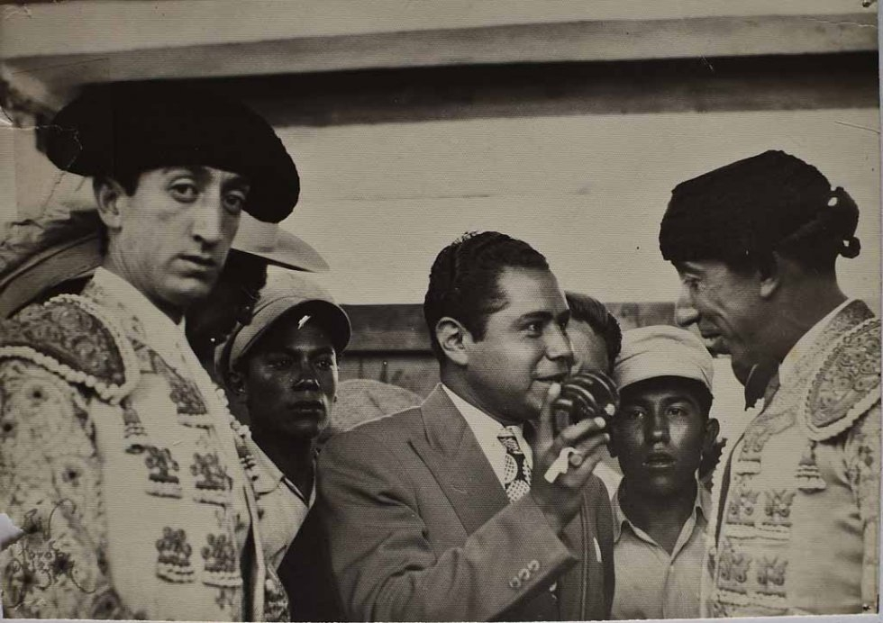 Don Neto interviews bullfighters, with Spain's great Manolete is pictured on the left, looking into the camera. (Photo courtesy of Don Neto)