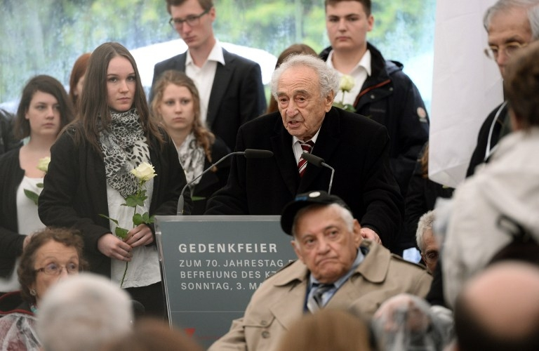 Holocaust survivor Max Mannheimer delivers a speech at a ceremony to mark 70 years since the Dachau death camp's liberation, on May 3, 2015