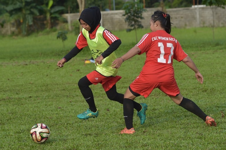 FBL-INDONESIA-FEATURE-WOMEN