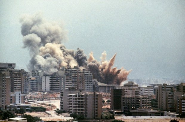 Israeli shelling on West Beirut on August 2, 1982
