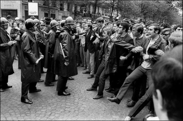 Students and riot police clash in Paris on May 6, 1968