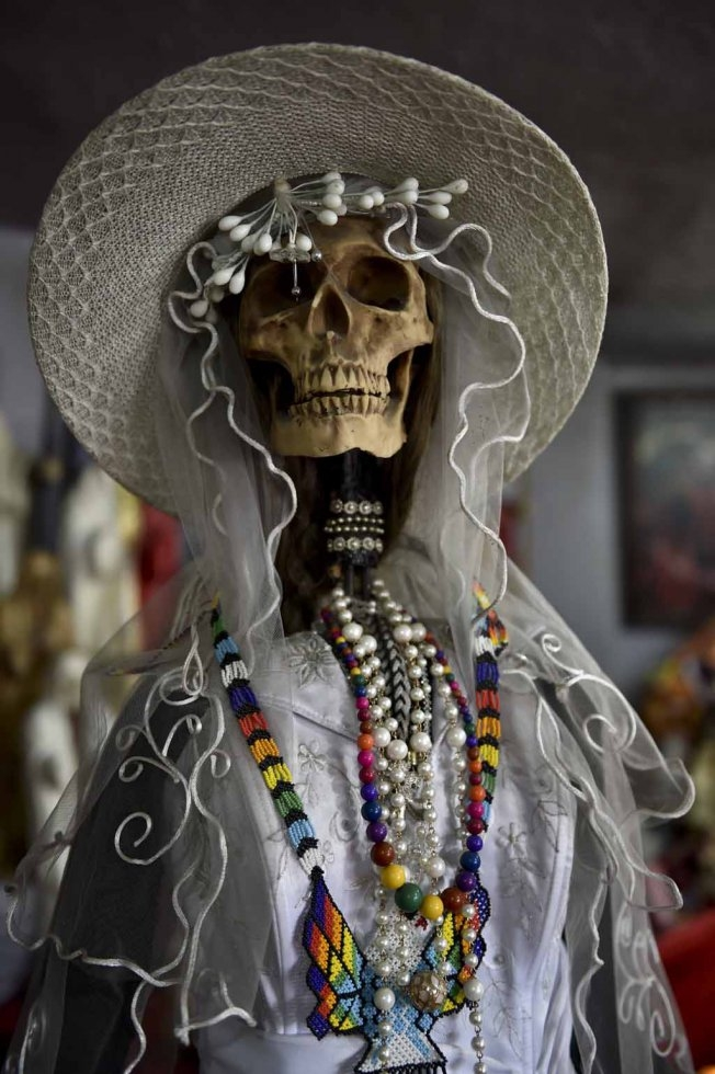 Santa Muerte as a bride. Tultitlan, February, 2016. (AFP/Yuri Cortez)