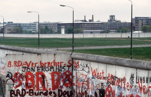 Picture taken on April 29, 1984 of the Berlin Wall and the no man's land marking the border between East