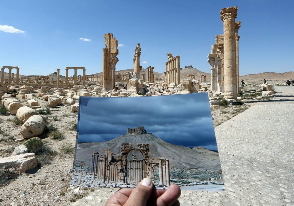 Palmyra's Arc of Triumph, in a picture taken on March 2014, and on March 31, 2016. The monument was destroyed by the Islamic State group in September 2015