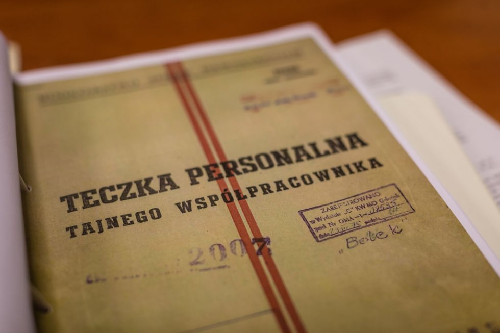 A folder cover, part of several copies of Communist-era documents intended to prove that Solidarity leader Lech Walesa was collaborating with Polish communist secret service (AFP / Wojtek Radwanski)