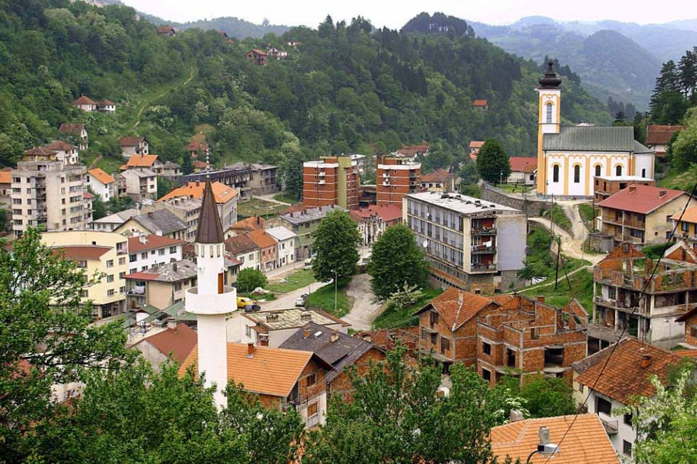 This March 2005 file photo shows a general view of the eastern Bosnian town of Srebrenica, with its mosque