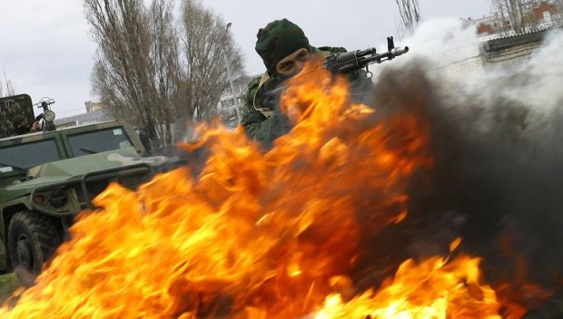 Special forces train in the Volgograd region, April 4, 2014.