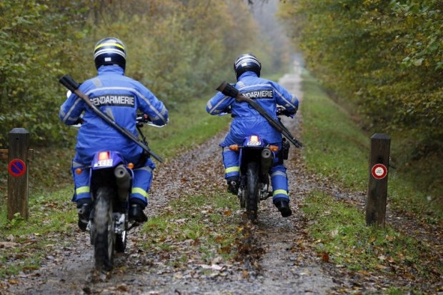 French gendarmes join the search for the 'tiger'