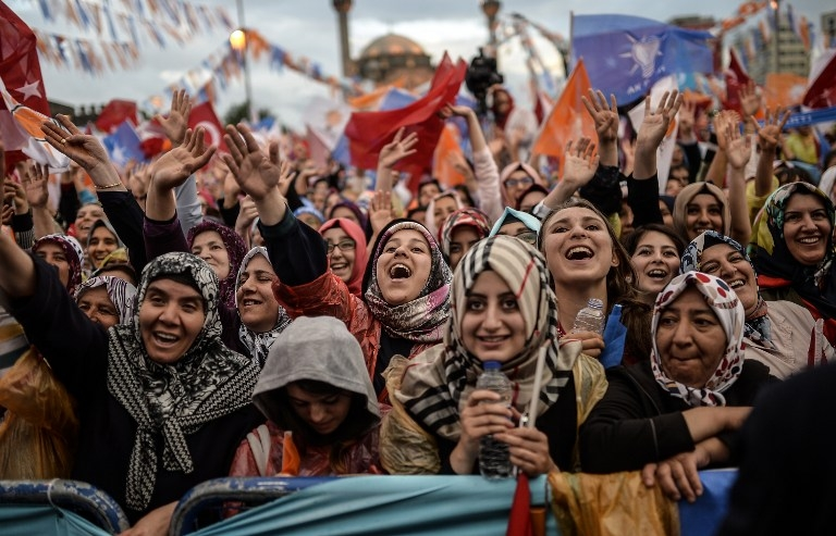 Supporters attend an election rally by Turkish prime minister and leader of the ruling AKP party Ahmet Davutoglu in Kayseri, central Turkey on May 29, 2015