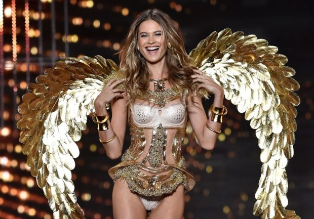 Namibian model Behati Prinsloo at the 2014 Victoria's Secret Fashion Show in London